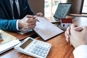 The Advantages of Working With a Mortgage Broker Windsor Axiom Mortgage Solutions